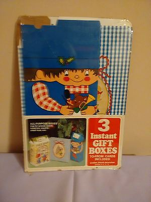 New unused Vintage Pack of 3 CHRISTMAS Instant Gift Boxes 1970s