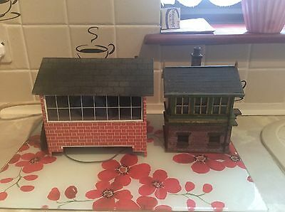 O Gauge Two Signal Boxes