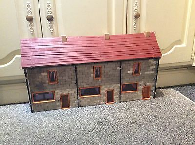 O Gauge / Large Scale Garden Detached Low-relief Brick Houses
