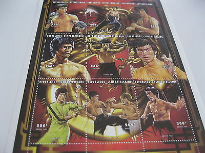 Central Africa-1998-famous people-Bruce Lee-MI.1931-39