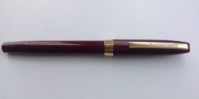 Sheaffer Vintage Burgundy And Gold Fountain Pen