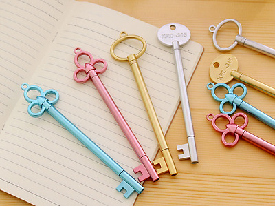 4 x Vintage Key Look fine point pen Party Cute Kids novelty stationery Fun Pink