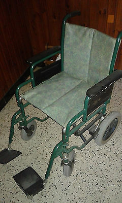 chaise roulante medicale petite roue