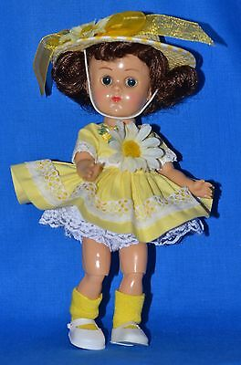 """Vintage 8"""" Vogue Ginny Doll in Tagged Dress BKW ML"""