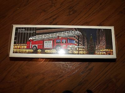 NIB New 1986 Hess Toy Fire Truck Bank Hong Kong Amerada Corp.