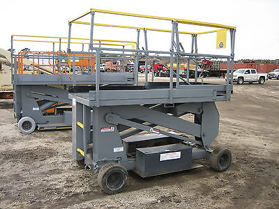 Stratolift Srx20 Scissor Lift 20' Deck Hgt,26'  Work Hgt  Fully Operational