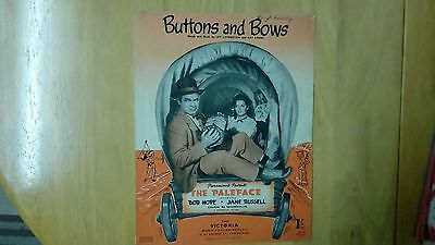Sheet music buttons and bows
