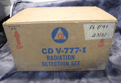 Civil Defense CD V-777-1 Radiation Exposure Dosimeter Detection Set