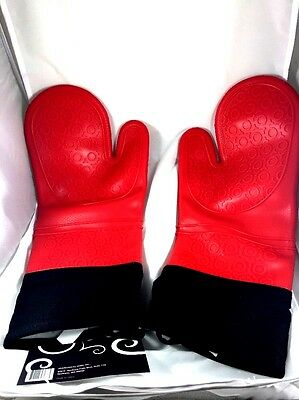 Large No Slip Silicone Oven Mitts Red