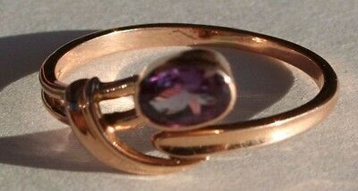 14 K Golden ring with Alexandrite size 8.5 yellow gold great condition