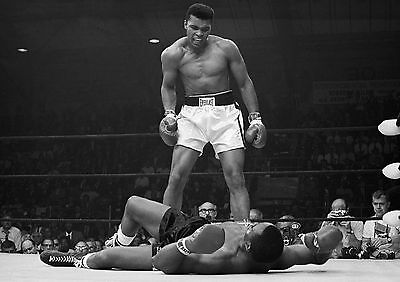 MUHAMMAD ALI v SONNY LISTON 32 (BOXING) 32B PHOTO PRINT MUG OR PHOTO CRYSTAL