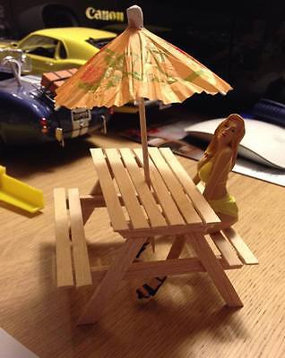 1/18 Scale Picnic Bench For Diorama