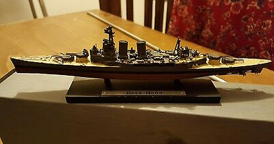 Hms Hood & Bismarck (Boxed) Models With Bismark Repro Daily Mirror Article