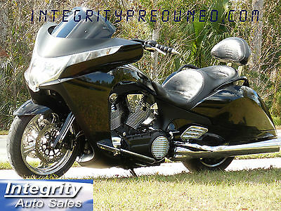 2010 Victory VISION  2010 Victory Vision 8 Ball 1 Owner Only 5k Miles 1 of a Kind!!!