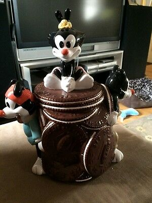 Warner Brothers Animaniacs Cookie Jar 1994 Yacko, Wacko & Dot