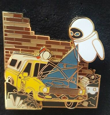 Disney Pin Pixar Party 30TH Pizza Planet Truck Toy Story Wall-E Eve LE2000 WALLE