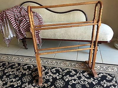 Solid Timber Quilt Rack in Excellent Condition
