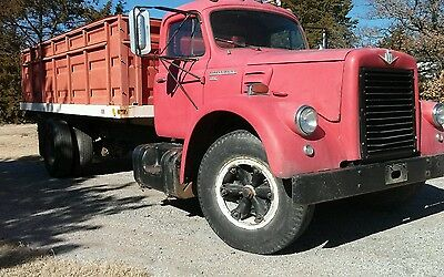 1961 International Harvester Other  1961 INTERNATIONAL 190- V8 & AIR BRAKES