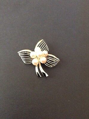 Pearl And Silver Brooch/pendant