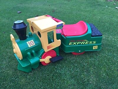 Peg Perego Ride On 6v Train With Track