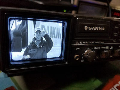 Vintage SANYO TPM 1000 Mini TV/ RADIO Am Fm + Owners Manual see Video!!!