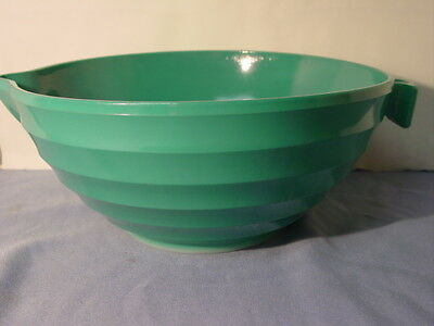 Vintage Rare Green Art Deco Glass Large Mixing Bowl With Handle & Spout