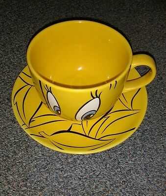 Warner Bros Studio Store Giant Tweety Pie Mug and Saucer Pair