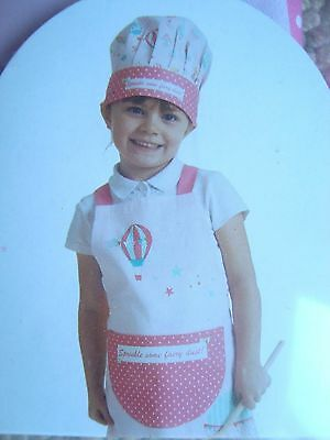 Girls muffins and cupcakes recipe book apron and hat aged approx 4-7 years