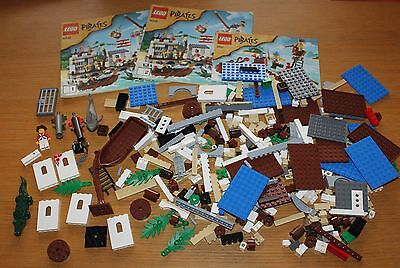 Lego Pirates set 6240 and 6242 - incomplete, parts and pieces only, see pics.