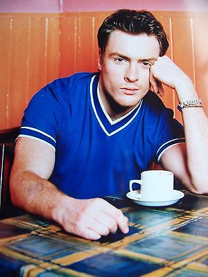 Large photo TOBY STEPHENS Rare relaxed natural photograph Pristine condition