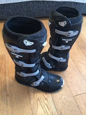 WULF TRACK STAR MOTOCROSS BOOTS Size 9 (43)