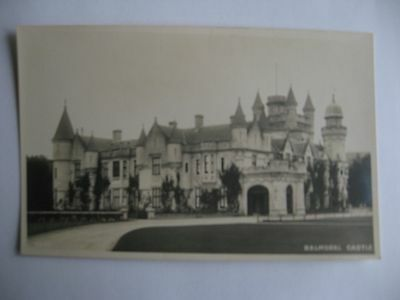 Collectable Postcard of Balmoral Castle. Scotland