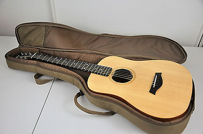 Baby Taylor BT1 Acoustic Guitar with Gig Bag ~ Excellent Condition