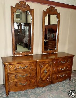 THOMASVILLE OAK DRESSER AND 2 MIRRORS French Provincial Style VINTAGE