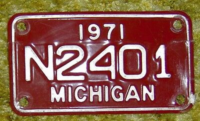 1971 Michigan Motorcycle License Plate original paint.