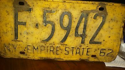 Antique Old New York 1962 Yellow License Plate F-5942