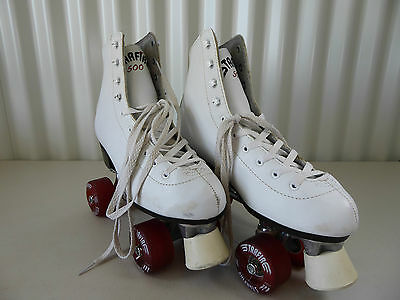 STARFIRE Roller Skates Size 40 - White Red Wheels - Excellent Condition