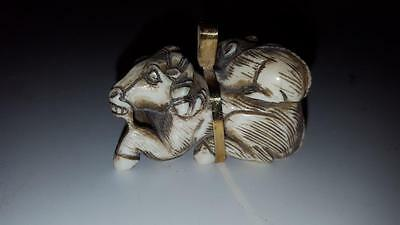 Signed Carved Japanese Netsuke Horse and Rat