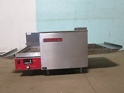 """BLODGETT"" COMMERCIAL H.D 1Ph. ELECTRIC CONVEYOR PIZZA OVEN w/DIGITAL READ OUT"