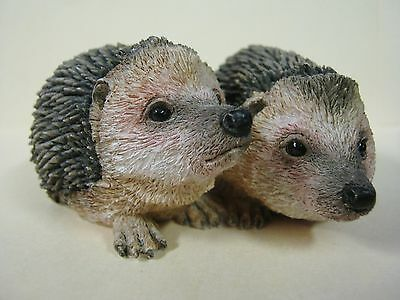 Country Artists Hedgehog Pair Friendship Hand Painted Figurine 03808 w/Sticker