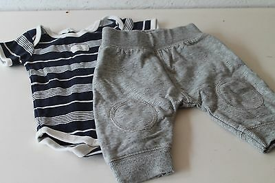 Country Road boys baby pants and navy short sleeve onsie sz 000