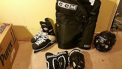 Ccm Ice Skate Size 9 With Complete Set Great Condition