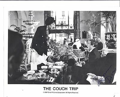 """DONNA DIXON In -""""The Couch Trip""""-1988- With Husband Dan Akroyd-Signed 8x10 pic"""