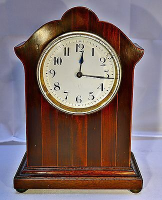 Early 20th Century French Mahogany Mantle Clock with 8-day Movement