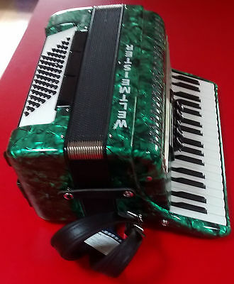 Weltmeister Achat-72 Green Accordion, Ex-Display, With Soft Case
