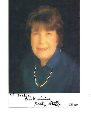 """KATHY STAFF-The Wonderful Nora Batty In -""""Last Of The Summer Wine""""-Signed pic"""