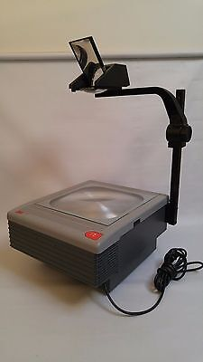 3M model 9050 overhead projector works