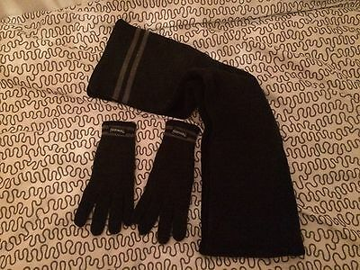 Thinsulate Gloves And Scarf Set Size M