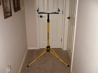 Artograph Telescoping, Adjustable Prism Projector Stand ~Very nice~