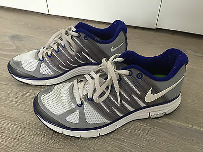 NIKE WOMENS Lunarlon Flywire Blue and White Sneakers Size US 6.5